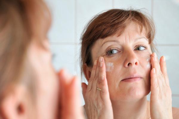CBD anti-aging wrinkle cream