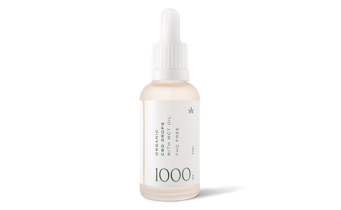 goodleaf bd oil in a clear bottle with product details printed on the side